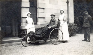 Dorothy Lisle Lawrence (left) with a patient at Chesters Hospital